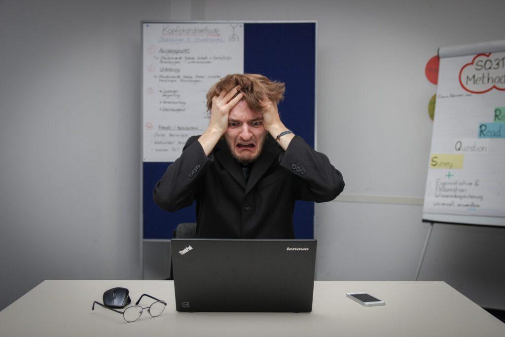プログラミングを勉強ししても、エンジニア転職などの目標を達成できないことがある