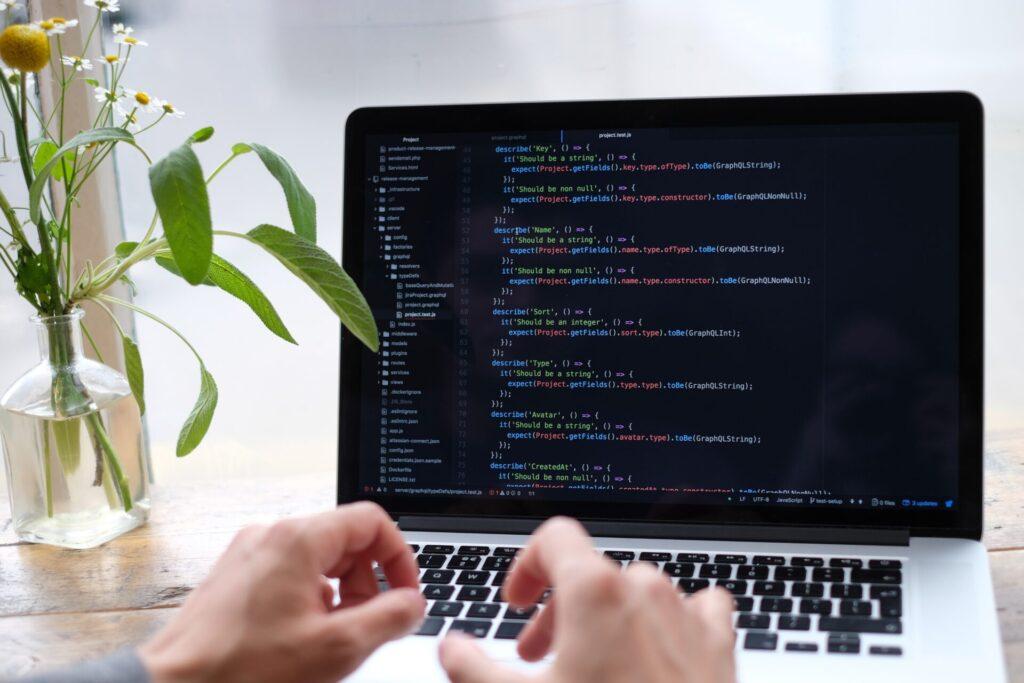 エンジニアインターンに参加するために必要なプログラミングの勉強方法