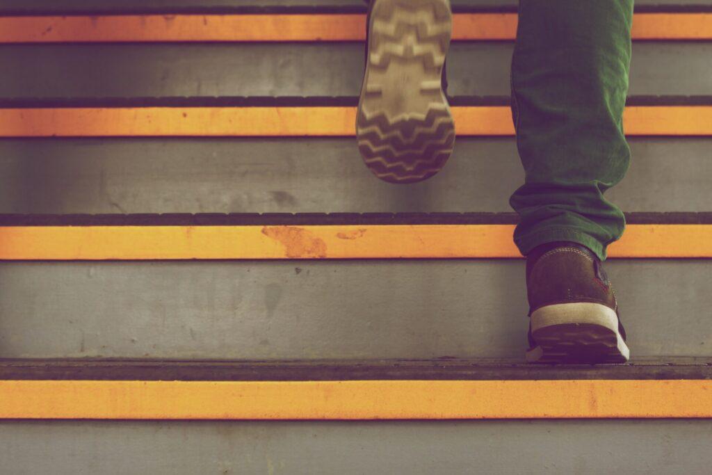 未経験からエンジニアに転職するための5ステップ