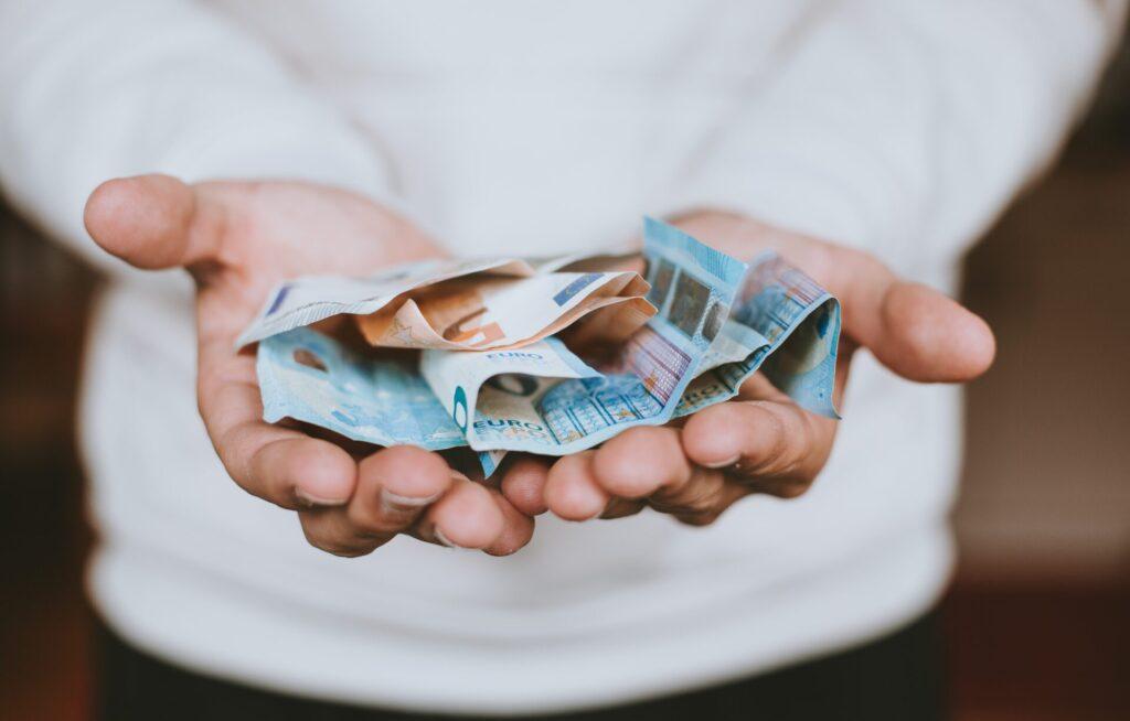 2つの「全額返金」保障があるため、損する可能性が極めて低い